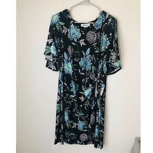 NWT Robbie Bee Wrap Dress RB61439JP - Small